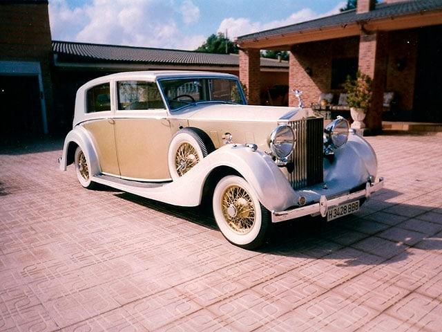 Restauración de piezas metálicas de coches antiguos